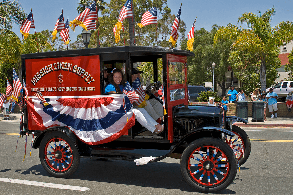 Patriotic Old Timey Car