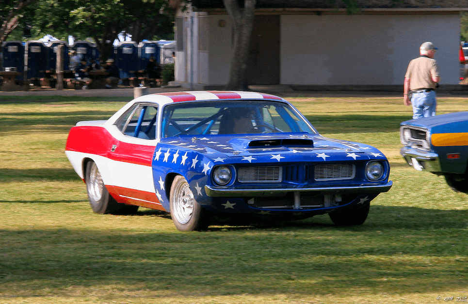 1972 Plymouth Cuda painted like the American Flag